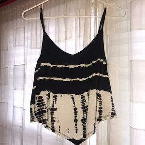 Black and white tie dye crop top American Eagle